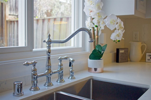 NEW Kingston Brass® bridge faucet with side spray