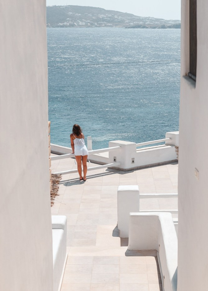 Summer in Mykonos - The Ultimate Leisure Guide   lifestyletraveler.co   IG: @lifestyletraveler.co