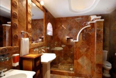 Midnight suite bathroom