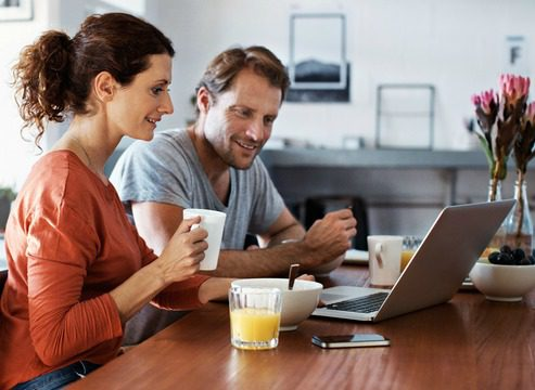 couple looking at laptop.jpg