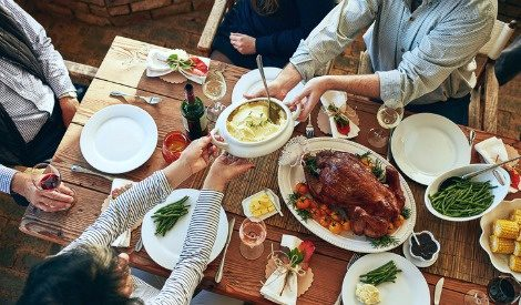 6 great tips for enjoying thanksgiving dinner when you're pregnant