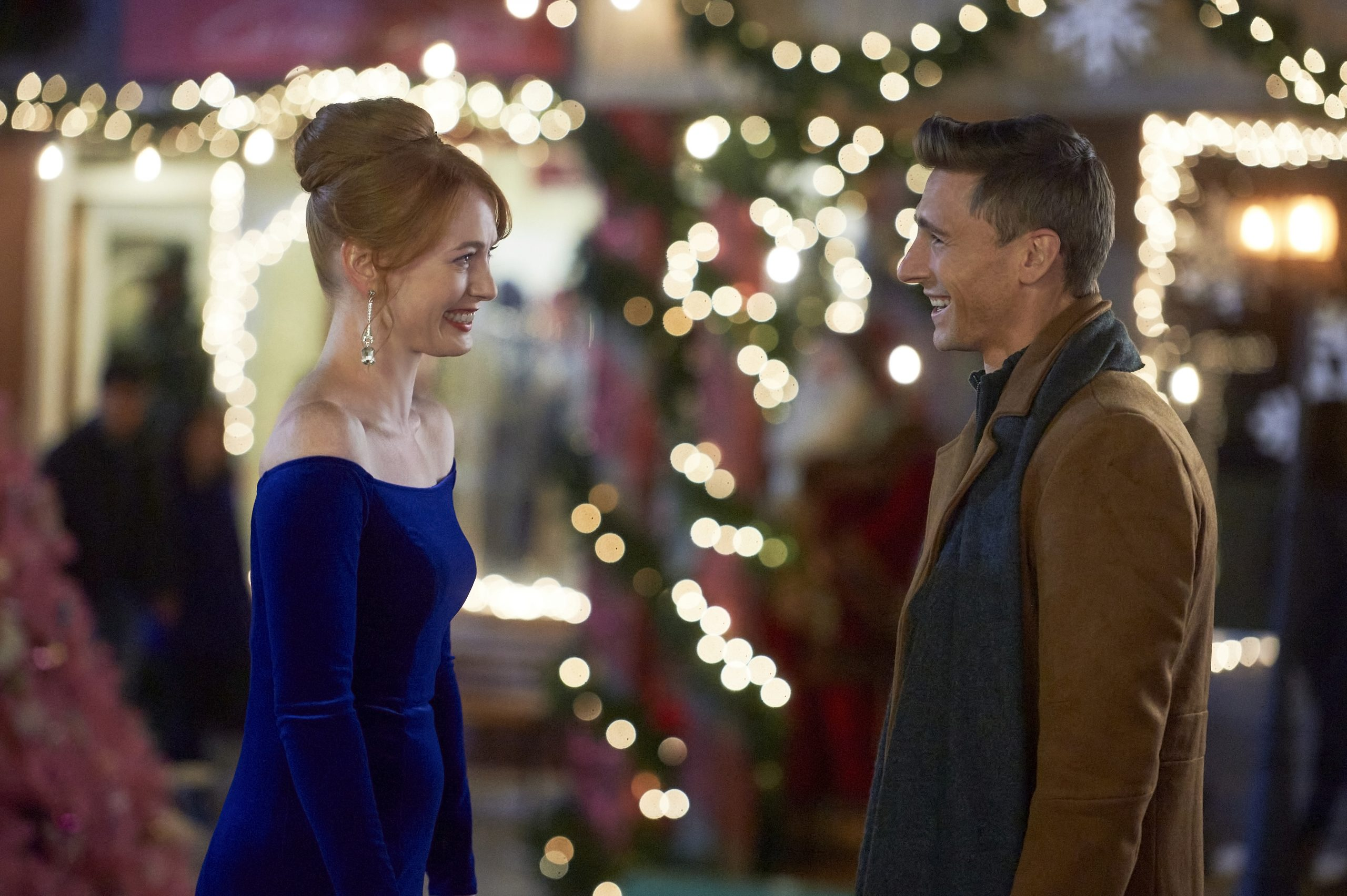 Christmas Tree Lane (2020 Hallmark Movies & Mysteries) – Lifetime