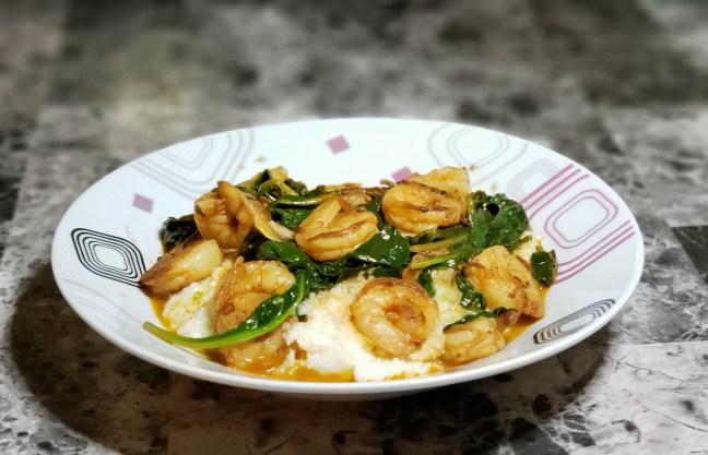 Lemony Paprika Shrimp with Grits 4