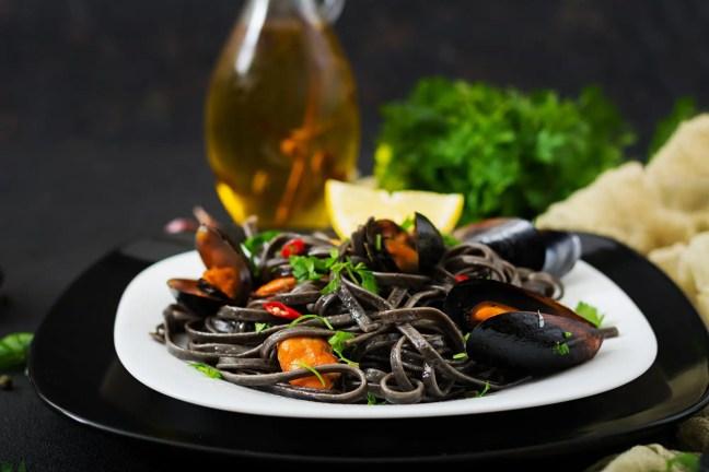 wine pasta Mediterranean diet 6