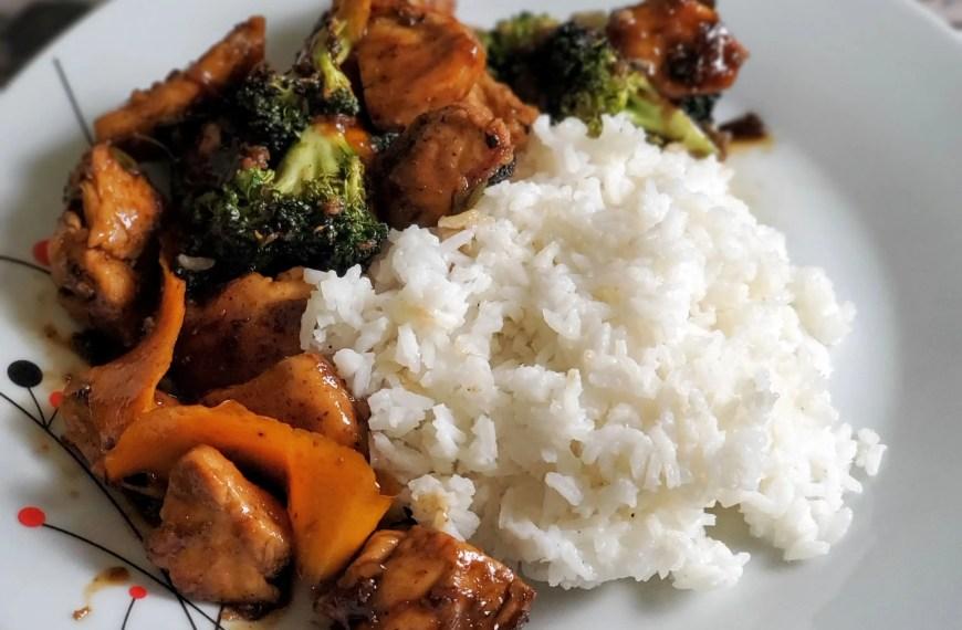 Orange Chicken Stir-Fry with Broccoli & Jasmine Rice