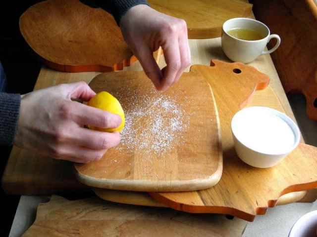 chopping board cleaning tips