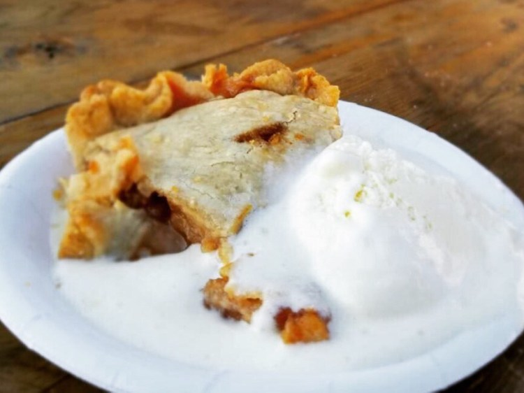 Vermont's Apple Pie with Vanilla Ice Cream