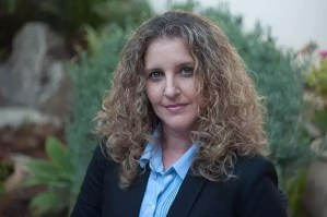 Adversity and the comfort zone with Efrat Avnor