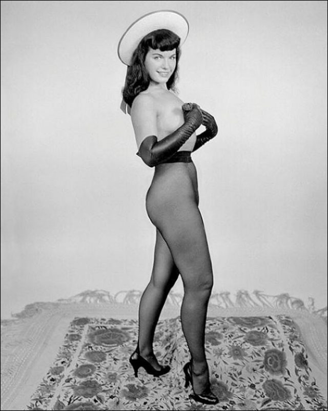 Bettie Page 34