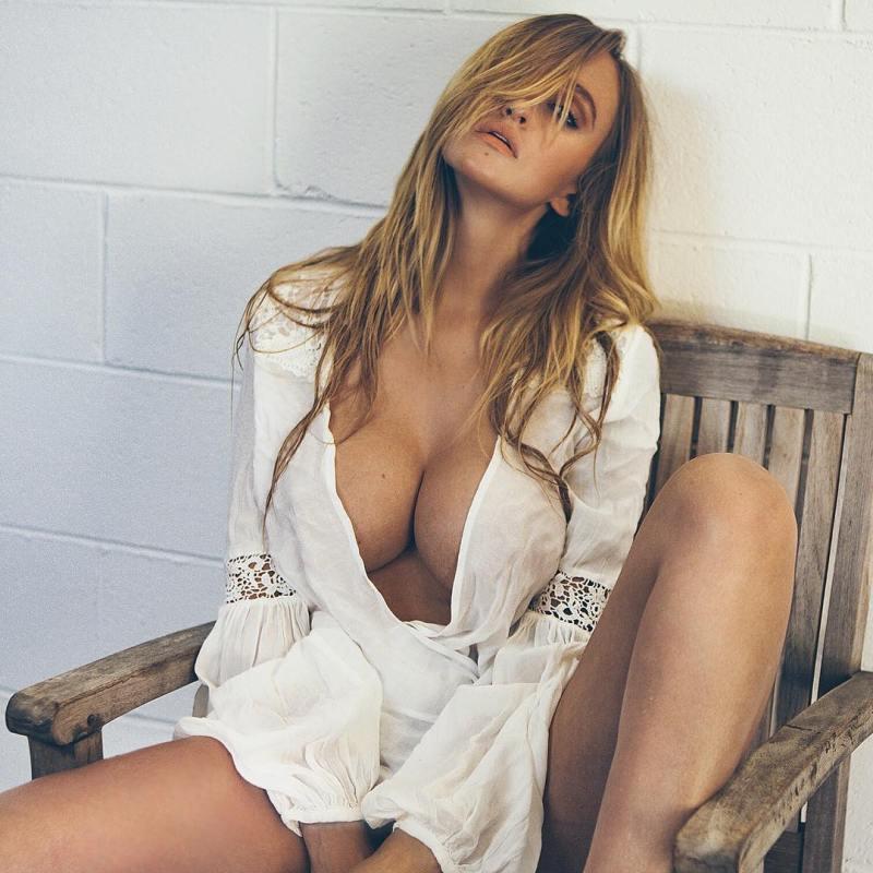 Alyssa Barbara 40