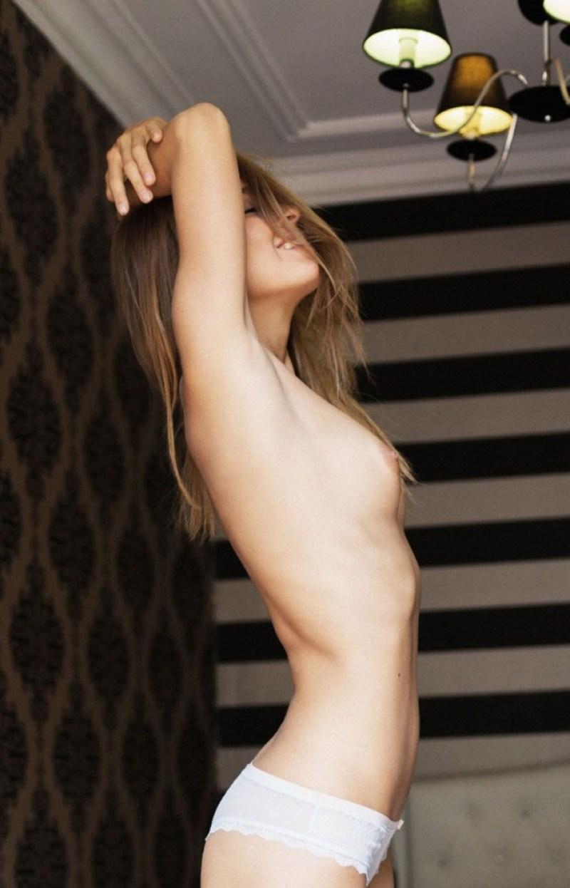 Marisa Papen 32