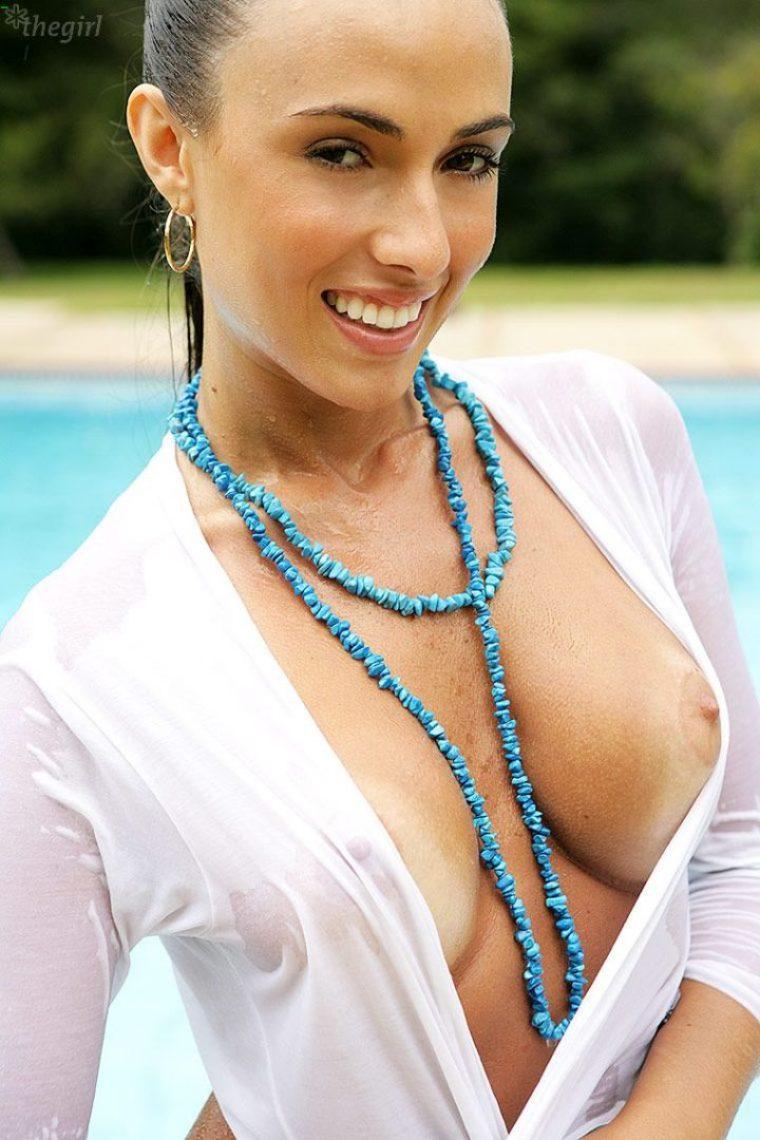 Nicole Bahls 42