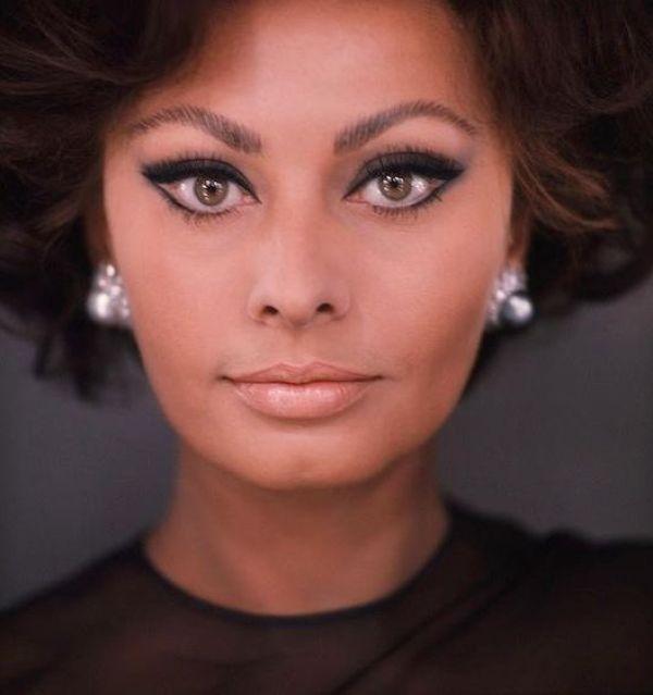 Sexy Sophia Loren 5