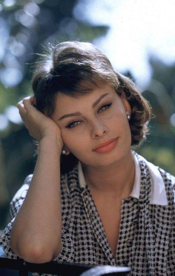 Sexy Sophia Loren 58