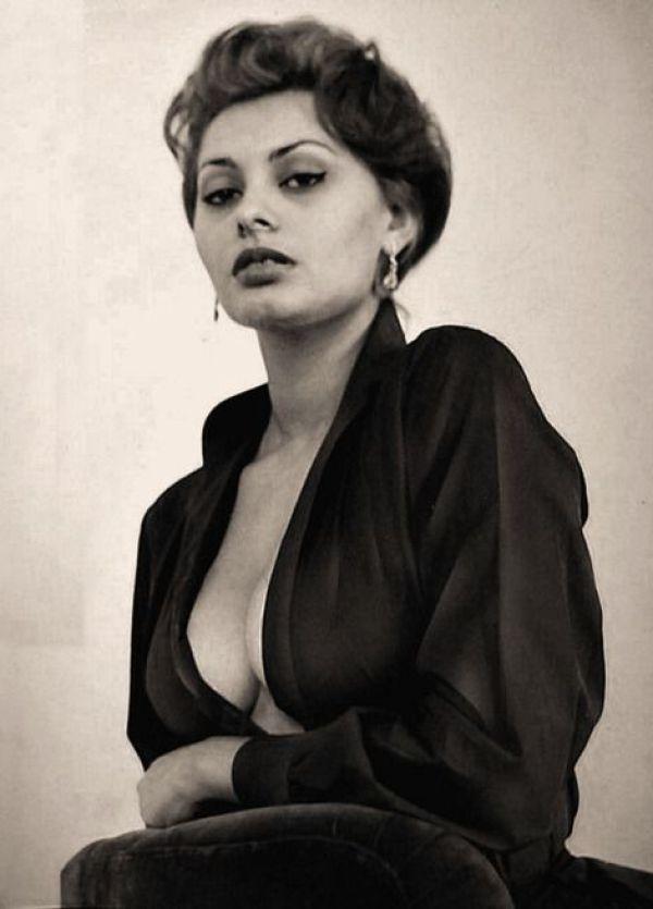 Sexy Sophia Loren 59