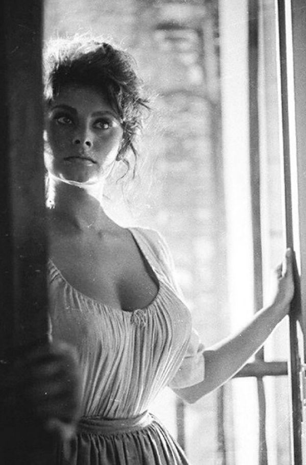 Sexy Sophia Loren 73