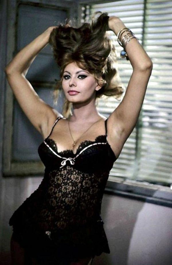 Sexy Sophia Loren 74