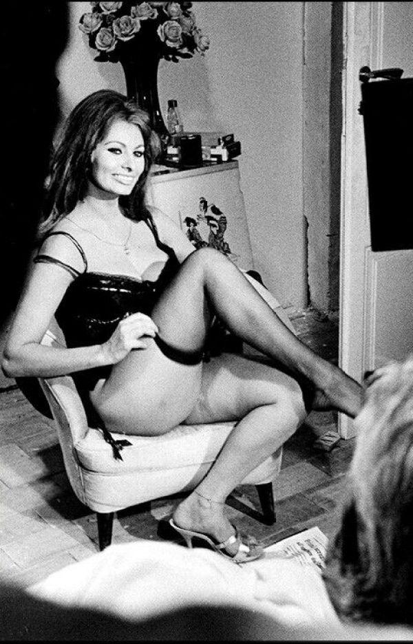 Sexy Sophia Loren 93