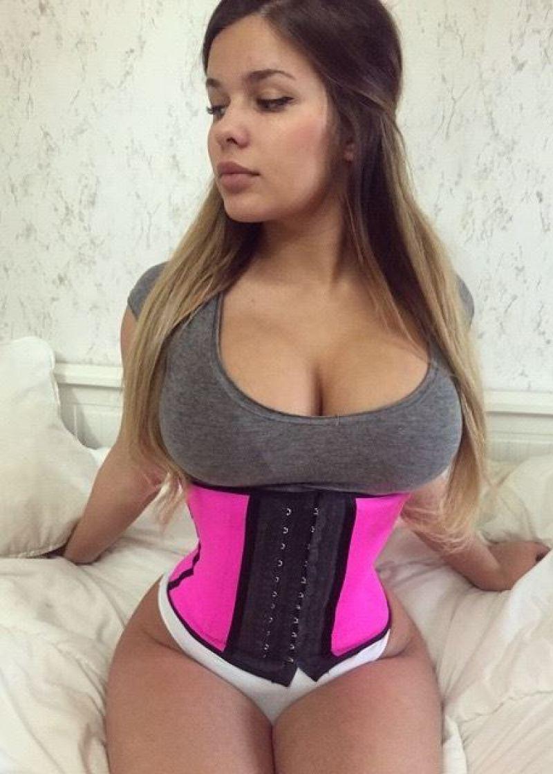 Στέλλα Μπέζα