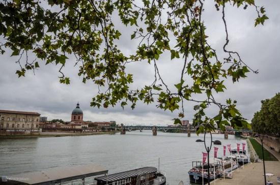 Река Гарон (грязная хуже Москвареки)