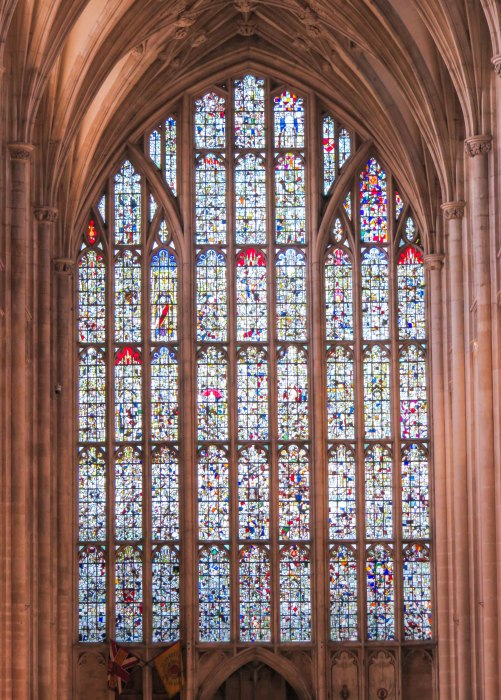winchester cathedral stained glass