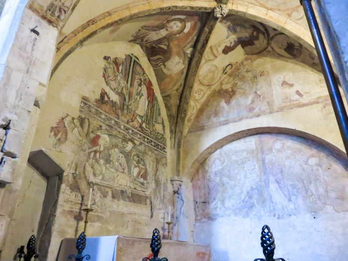 winchester cathedral 1100s paintings