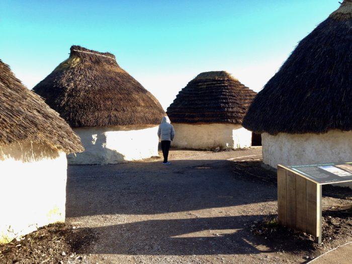 stonehenge-welcome-centre-huts