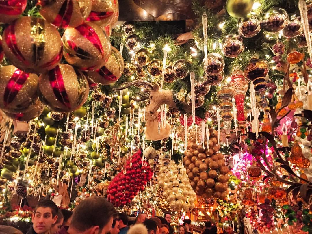 The Best Christmas Decorations In Nyc Life Well Wandered