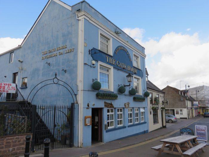 monmouth wales blug pub