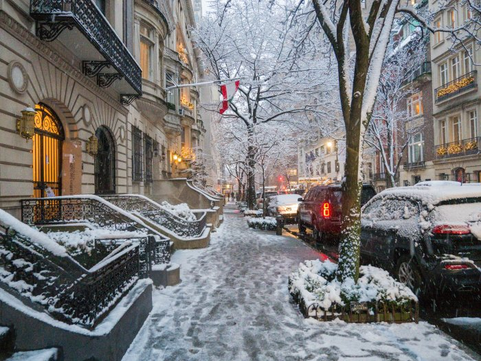 nyc snow on the upper east side
