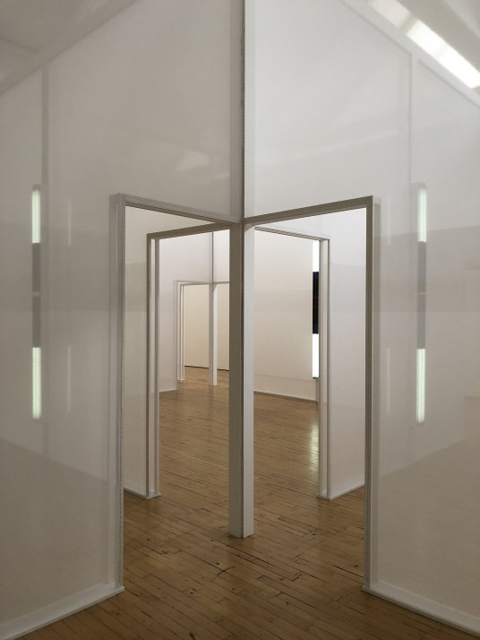 transparent rooms dia beacon