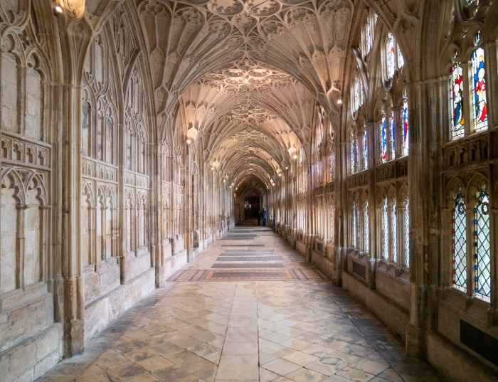 gloucester cathedral cloisters harry potter filming location