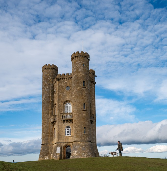 broadway tower in the cotswolds england