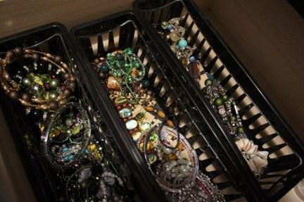 4 storing my jewelry[2]