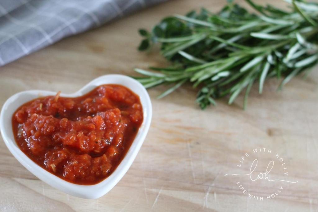 Quick and Easy Pizza Sauce Recipe by Life with Holly