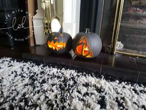 Modern monochrome pumpkins for Halloween