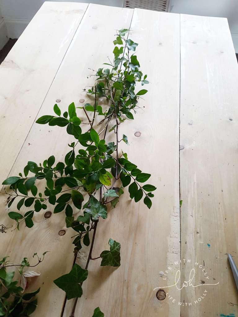 easy rustic foliage table decoration tutorial centrepiece by Life with Holly (1)