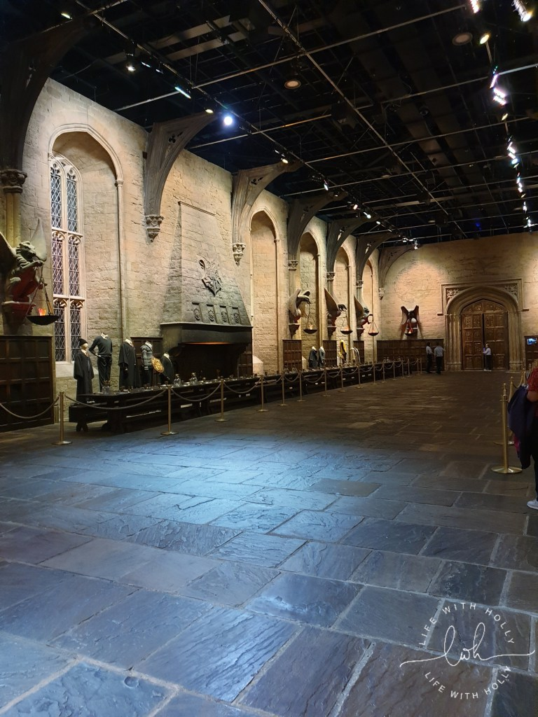 Hogwarts Great Hall Harry-Potter-Studios-Tours-Tips-and-Advice-for-Getting-the-Most-Out-of-Your-Trip-by-Life-with-Holly