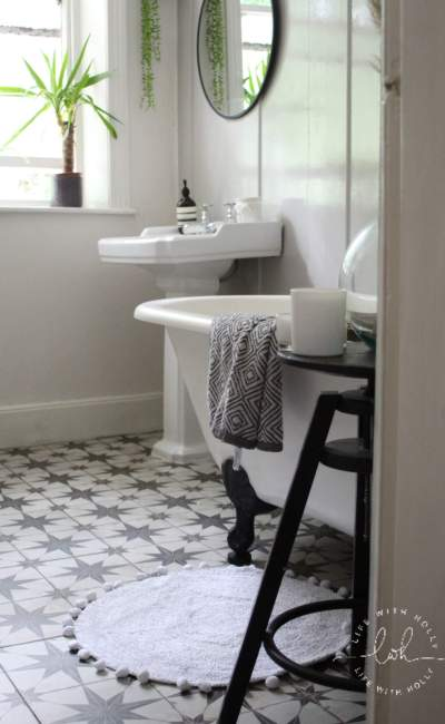 Our Neutral Bathroom – Going back to the lighter side!