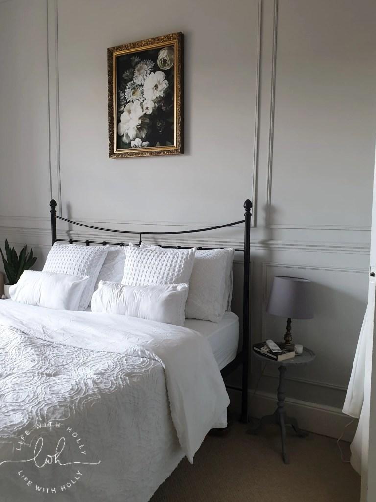 Light and Airy Vintage Bedroom - Cheaper Vintage Artwork