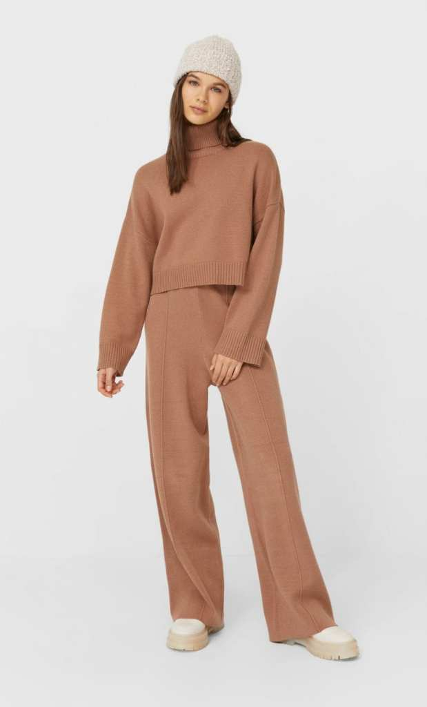 Beige straight fit knit trousers and matching top from Stradivarius - What I;m gifting Rachel This Year