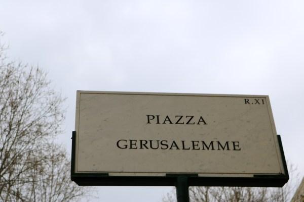 Piazza Gerusalemme, Roma