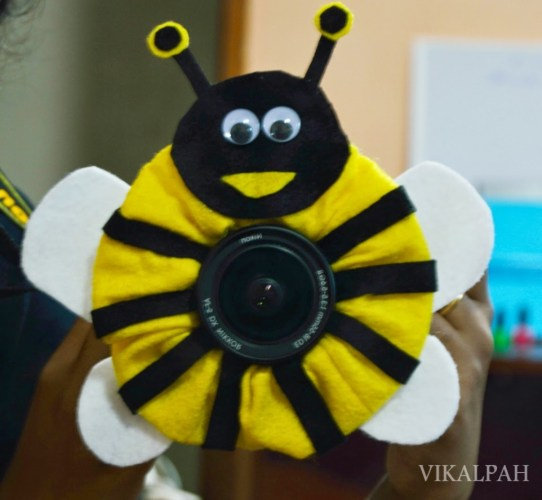 BUMBLE BEE SELFIE | Vikalpah