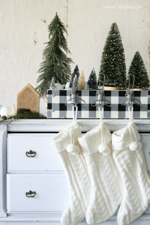 DIY Stocking Holder - Lolly Jane - HMLP 163 Feature