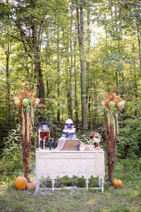 bride groom orange green violet purple lavender black halloween wedding october fall autumn goth gothic day of the dead dia de los meurtos nuptials cake dessert table bridesmaid bouquet skeleton skull noir studio 23