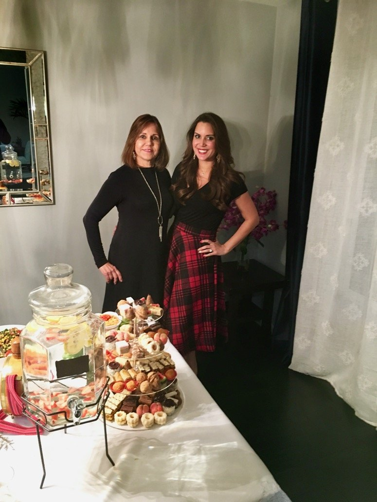 2016 holiday Slava | holiday party outfit idea red plaid skirt