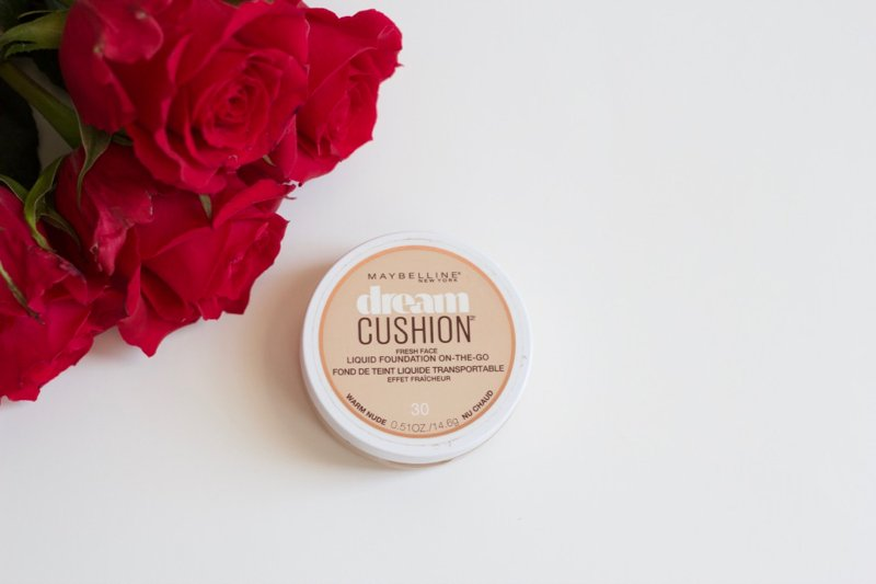 Maybelline dream cushion foundation review, click to read the full review in the post!
