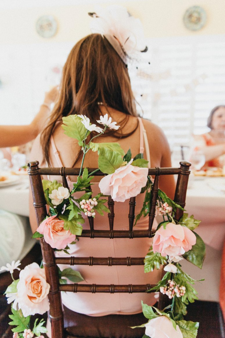 Tea party baby shower ideas. Click to see the rest of the photos in the post!
