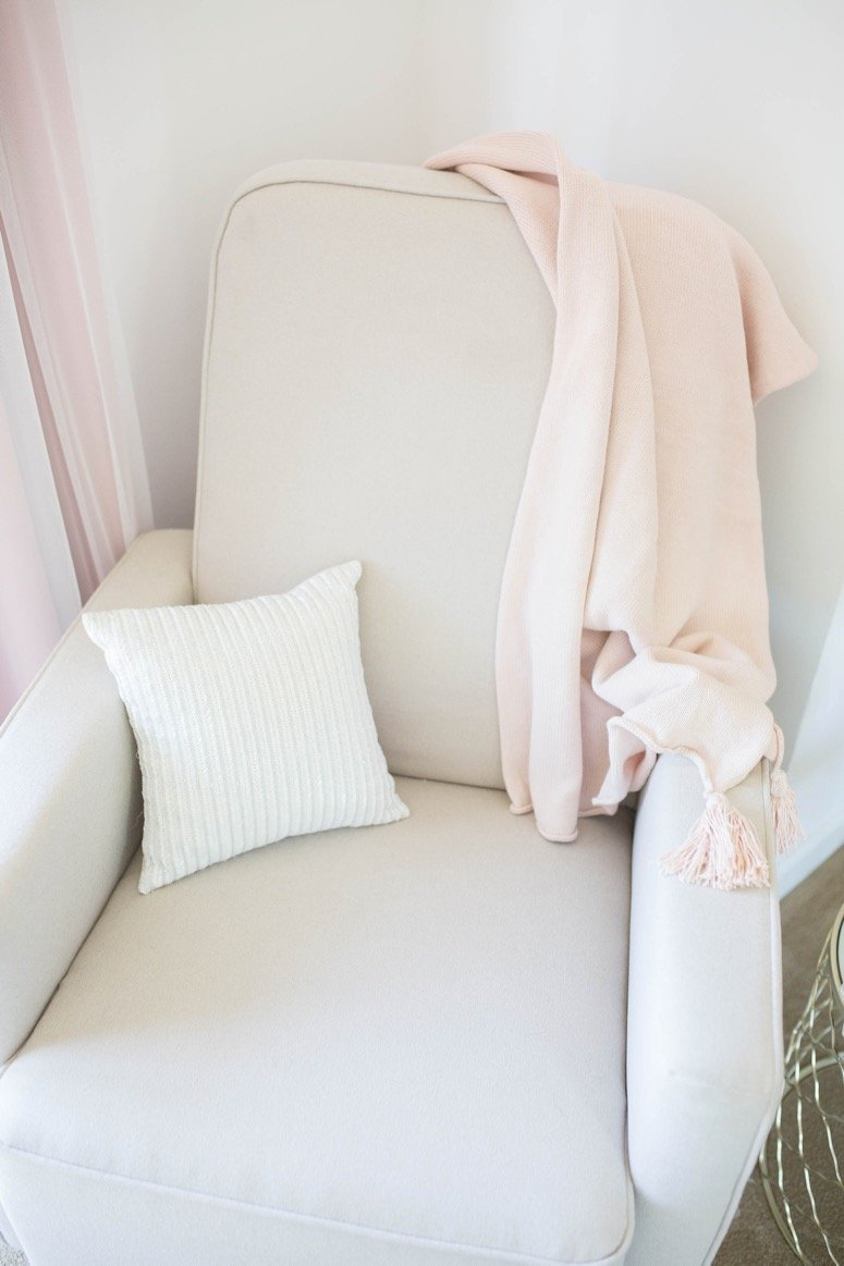 baby girl nursery reveal. Click to see all of the details from this feminine floral nursery