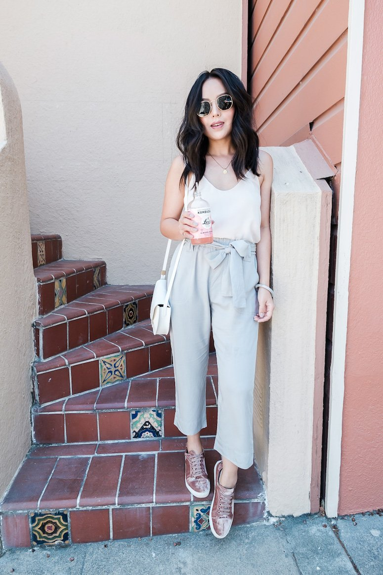 7 ways to wear paper bag waist pants and paper bag waist pant outfit ideas